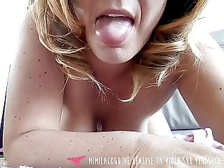 French MILF masturbates and licks panties - Vends-ta-culotte
