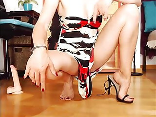 Beautiful black sandals for amazing feet & legs (2).