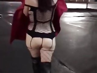 Sexy Flashing in the Car Park 1
