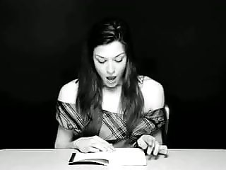 Hysterical Literature: STOYA