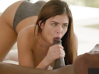 5'2 Teen Wants To Get Fucked by Her Yoga Instructor
