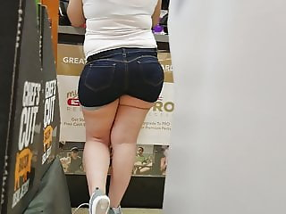 Damn thick latina GNC broad