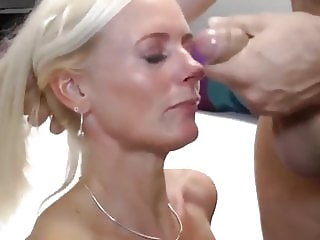 Fantastic MILF Deepthroat Young and Big Cock Like a PRO