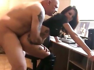horny amateur brunette asked old man for sex