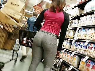Uptown Shopping Creep Shots ebony tight booty grey leggings