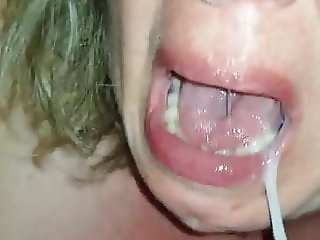 French MILF - Sucking hubby cock for a reward
