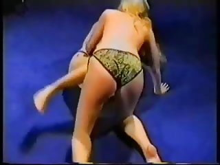 so sexy catfight natural wedgies