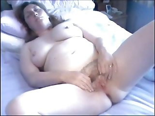 Housewife spreads her legs