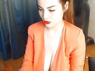 Natural Tits in Webcam