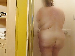 SOW BBW in the shower 2 (sexy older woman)