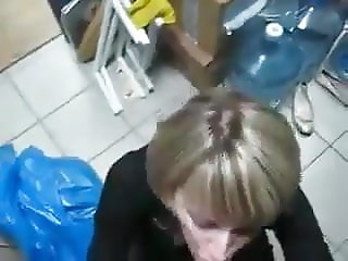 Blowjob from horny colleague