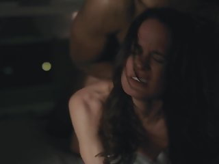Elizabeth Reaser - Easy S02E02 (2017)