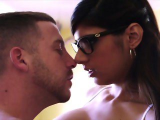 MIA KHALIFA - Arab Babe With Big Tits Fucks Tony Rubino In Library