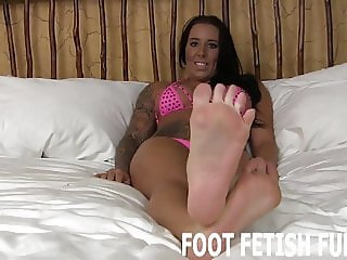 My feet will make your dick so hard