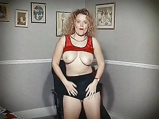 BODY - vintage British bouncy tits dance tease