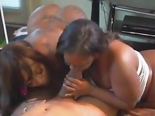 ebony bbw engulfing bbc calling friend to join hot 3some Txx
