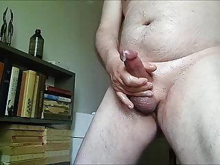 A little afternoon oily jerk off...