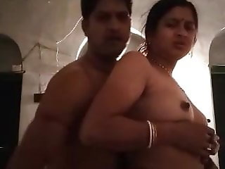 Tamil wife sex husband in room, indian aunty sex, south aunt