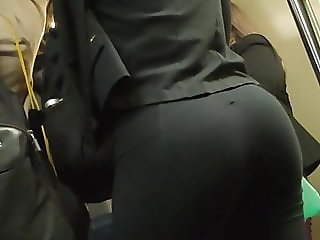Huge ass big booty gym legs candid nalgona