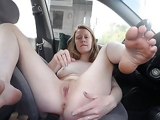 Redhead Faith Hatch - Finger me at the rest stop