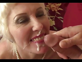 Beautiful mature Lady Dalny Marga fucs her ass hard