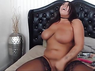 All natural chubby brunette bangs her creamy young pussy