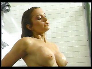 Ashlyn Gere makes herself cum in the shower