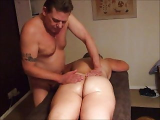 UK Wife Receives A Sensual Cuckold Massage and Creamie