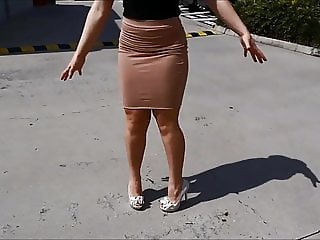 Nice Lady's walking in Tight Skirts and High-Heels