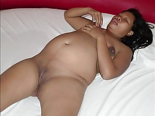 Fat pregnant asian Myle, enjoy good sex at seven months