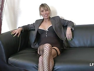 Casting mature cougar francaise sodomisee comme une chienne