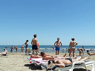 Topless Girls in Valencia Beach