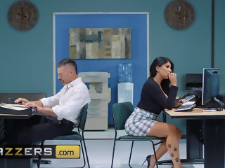 Brazzers - Busty thicc office bitch Romi Rain Works Hard, Fucks Harder