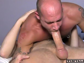 Daddy knows how to handle a big one