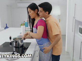 Reality Kings - Big dick Jordi El Nino Polla fucks his Asian maid Katana