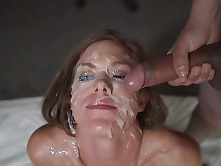 Hot Girl Gets A Creamy Bukkake