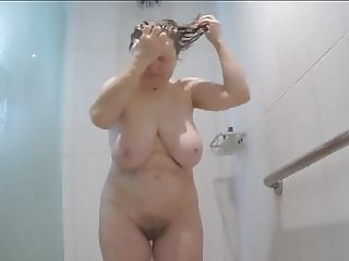 Get in the shower with MarieRocks