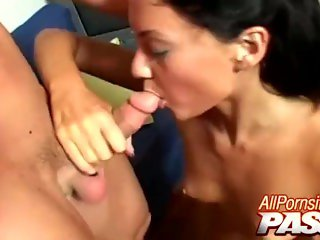 Jesicca Valentino Gets Cum In Mouth