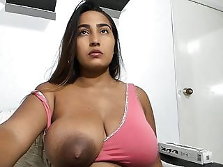 HUGE KNOCKERS LATINA CANDY WITH LEAKY TITS