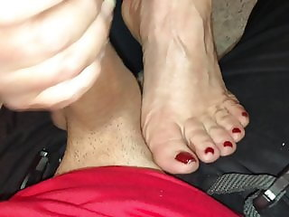 Bj cum on feet lick toes