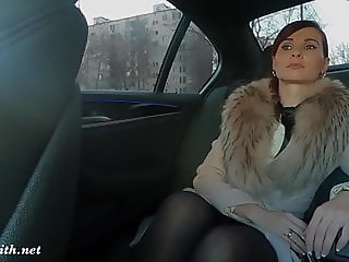 Sexy rich woman shows everything to the stranger