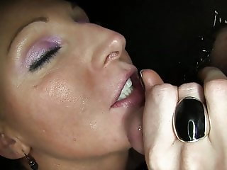Sexy Vixen Causes Small Dick to Premature Cum in 8 Seconds!!