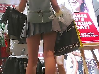 Girls Upskirts In Short Skirts & Dresses Sexy