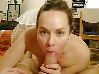 Lipstick Housewife BJ