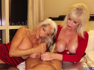 Big Boob Granny Sandwich Over 40 Handjobs GILF