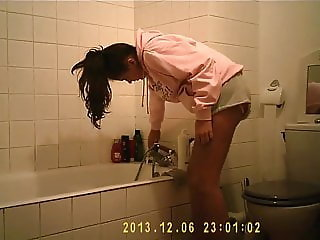 Girl in the bathroom 5 from 5 (last)