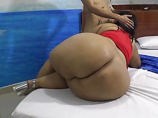 Mega Mexican Butt (for Big Booty Connoisseurs)