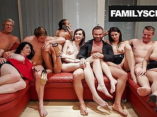 Nothing can Cum between a Family