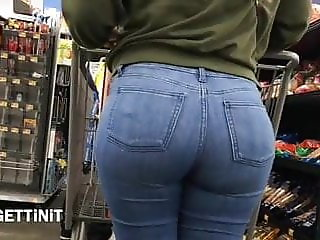 Beautifull PAWG Ass In Jeans Candid