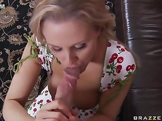 Beautiful milf fuck